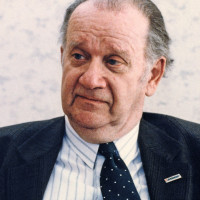 Szabad György