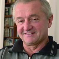 Tőkéczki László